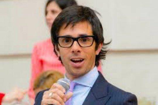 A Robertito Funes lo malinterpretaron en Twitter creyendo que hacía una autocrítica cuando en verdad quería criticar a algún colega suyo