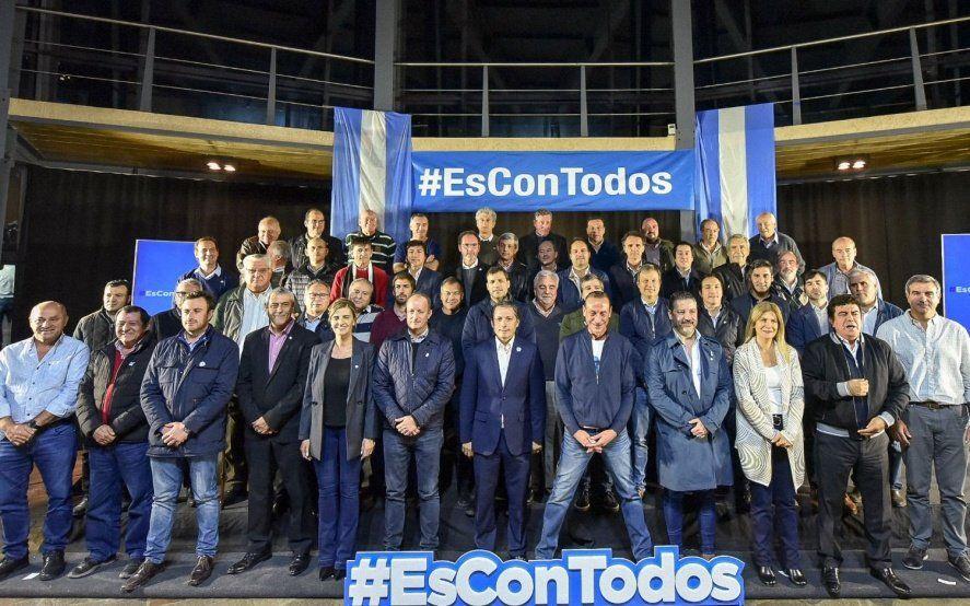 Menéndez y Granados evitaron la interna pero los ultra k Festa y Regueiro tendrán competencia