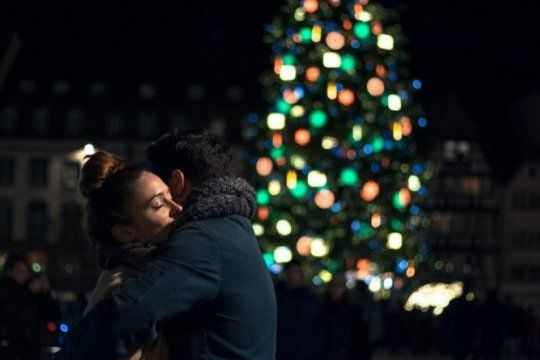 tradiciones insolitas de navidad: las extranas costumbres para celebrar en los diferentes paises del mundo