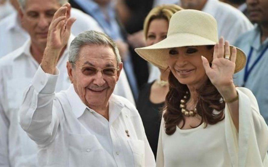 La foto de Cristina Kirchner y Raúl Castro en Cuba que generó polémica