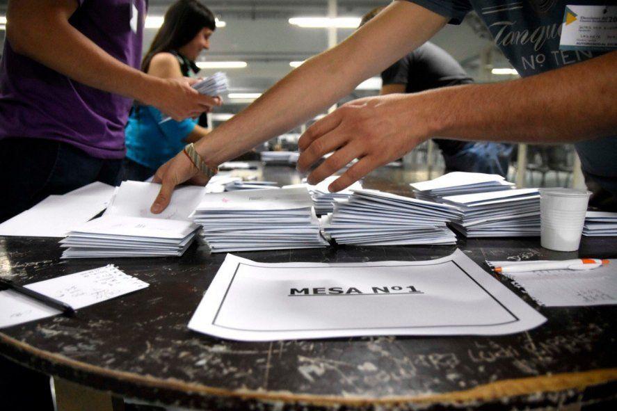 Convocan a funcionarios judiciales para las próximas elecciones