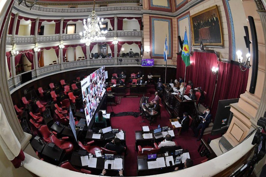 Coronavirus: senador bonaerense dio positivo tras una sesión