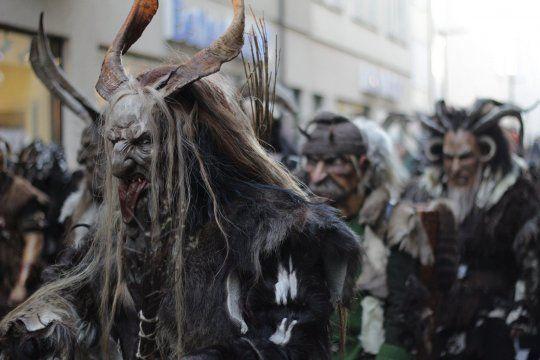 En cada región del mundo existen tradiciones de lo más curiosas para celebrar la Navidad.