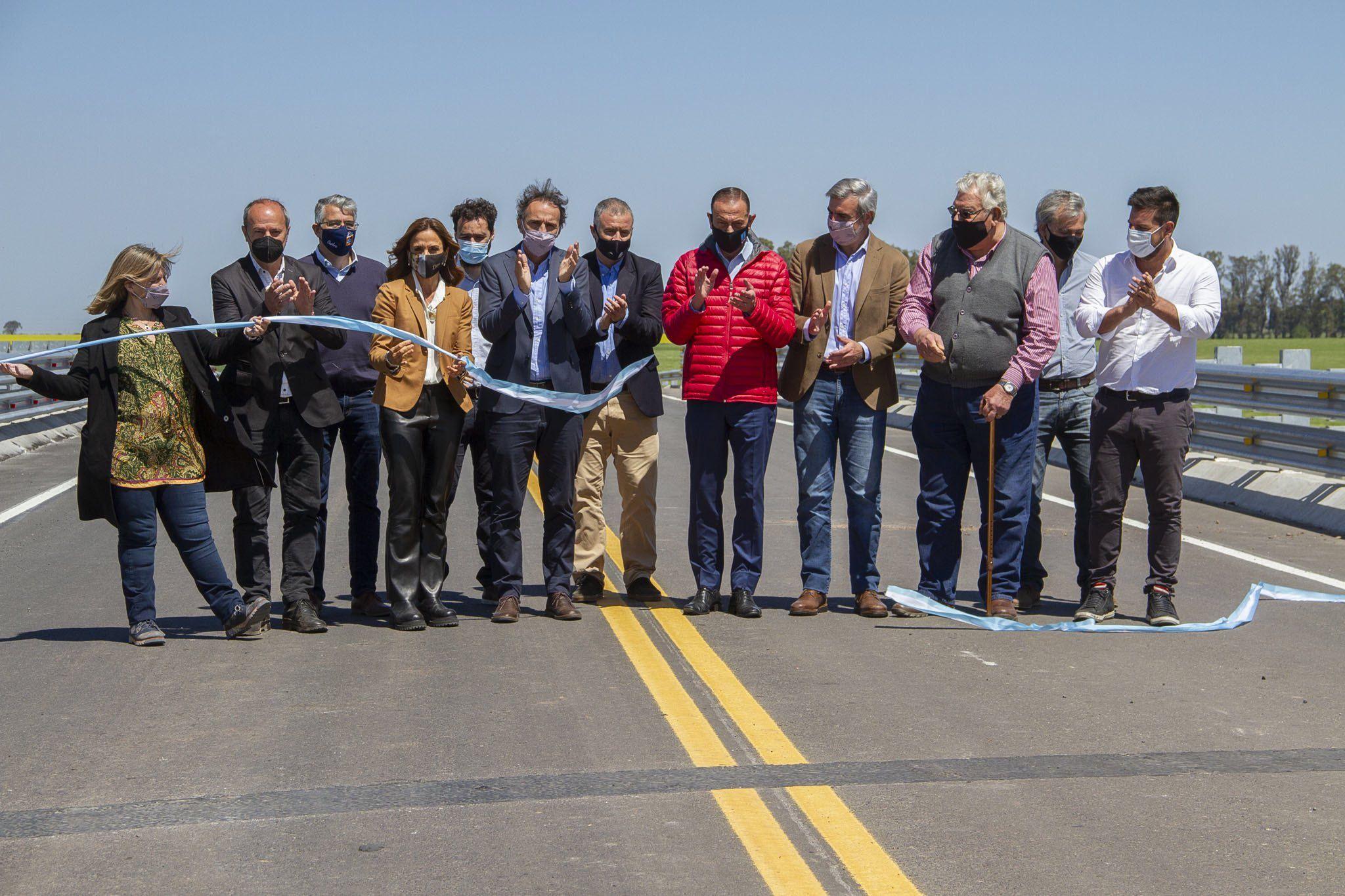 Gabriel Katopodis durante el acto de inauguración de un tramo de 33 km de la Autopista Ruta Nacional 8