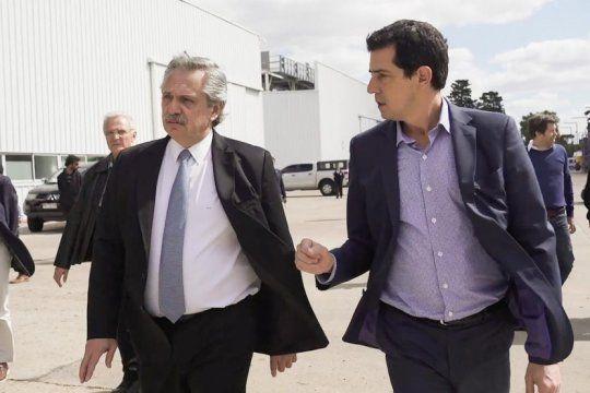 ministros de la nacion supervisaron los trabajos en el centro de atencion sanitaria de tecnopolis
