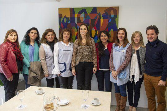 vidal arranco la semana con una reunion con directoras de la red de escuelas de aprendizaje
