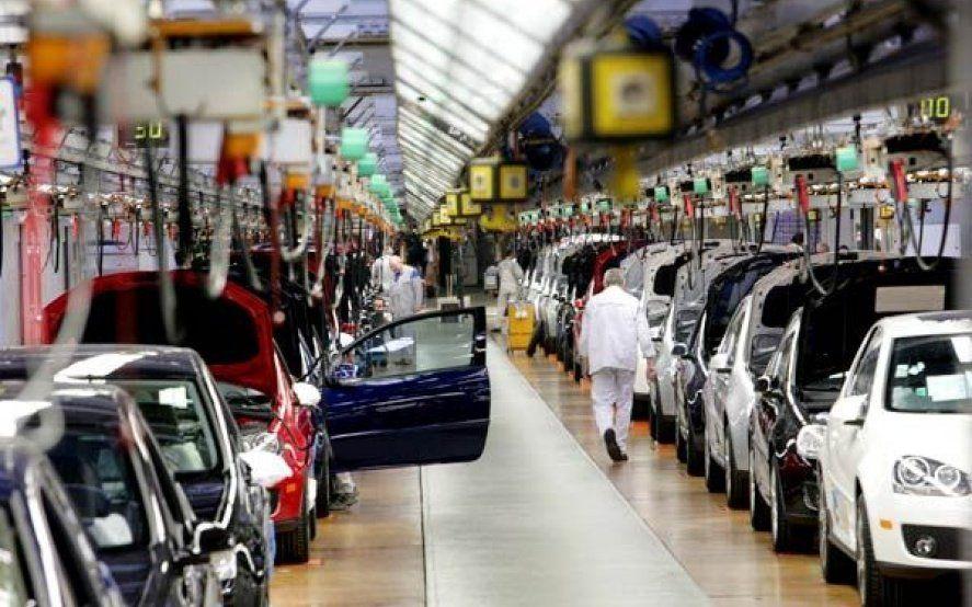 Industria automotriz en crisis: la utilización de la capacidad instalada es la menor de los últimos 15 años