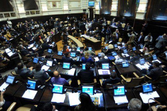 debate sobre la constitucionalidad de la ley de tarifas: oposicion advirtio sobre ?trampa juridica?