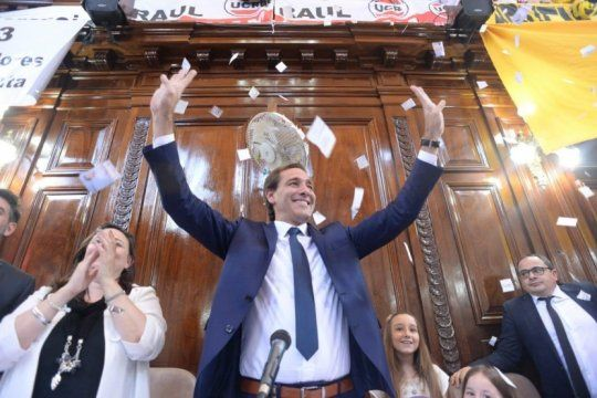 julio garro asumio su segundo mandato al frente de la municipalidad de la plata
