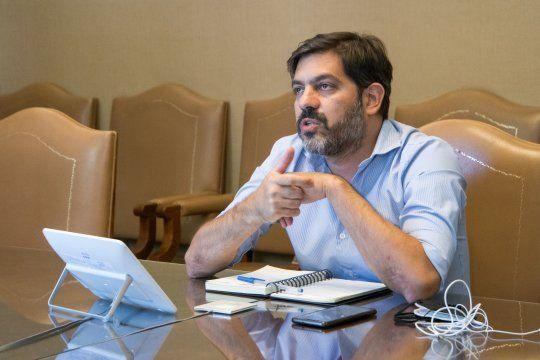 El jefe de Gabinete de la Provincia, Carlos Bianco, se reunió con intendentes bonaerenses con el objetivo de avanzar en definiciones operativas del proceso de vacunación