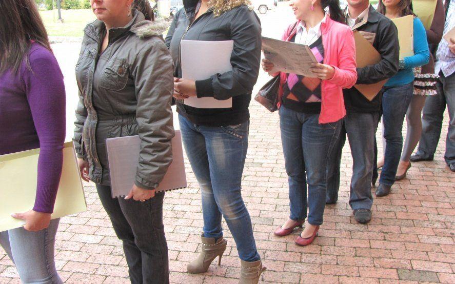 El trabajo registrado cae en picada: en un año se perdieron más de 250 mil empleos