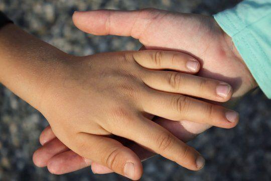 Hay requisitos para inscribirse en Familias que abrigan.