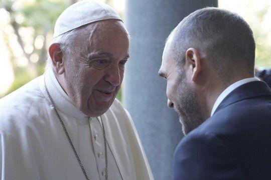 deuda con el fmi: guzman se reunio con el papa francisco