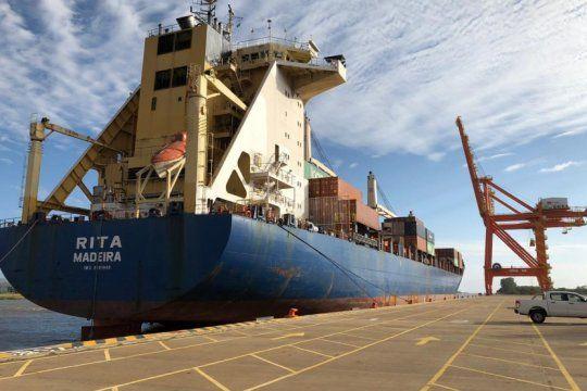 el puerto la plata realizo una operacion de prueba por primera vez desde su inauguracion