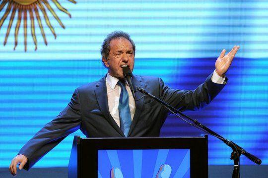 en vivo: daniel scioli se lanza como candidato presidencial en el nd ateneo