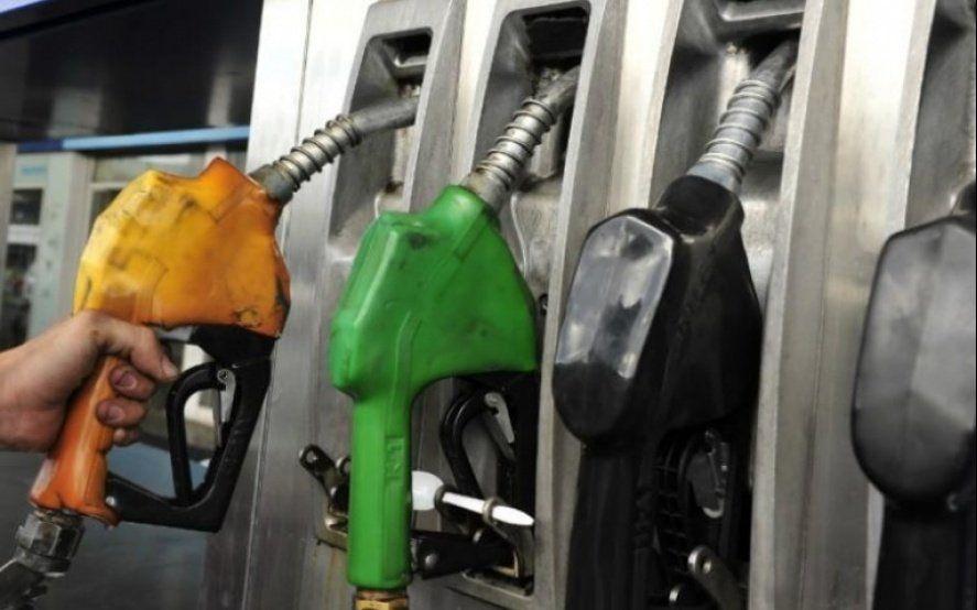 Estacioneros se quejan del manejo de precios que hace la estatal YPF