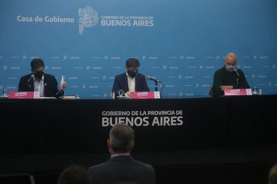 Axel Kicillof encabezó el anuncio, pero estuvo acompañado por Daniel Gollán y Carlos Bianco.