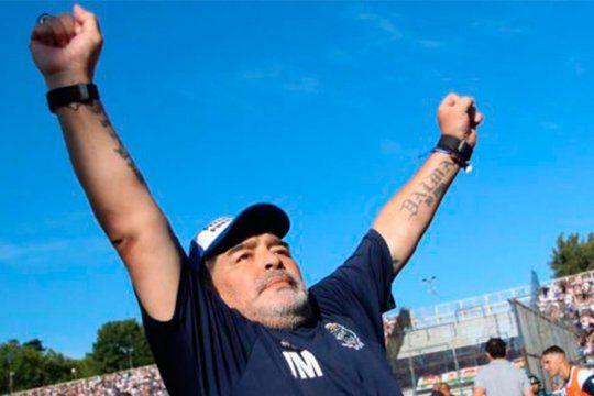 Diego Armando Maradona falleció a los 60 años en Olivos.