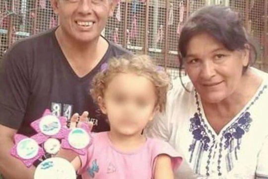 apelaron la prision preventiva del adolescente acusado de matar a su madre, su sobrina y al padrastro