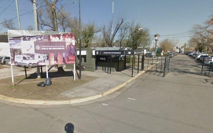 Un efectivo de la Policía Local se disparó en la cabeza y fue trasladado al hospital
