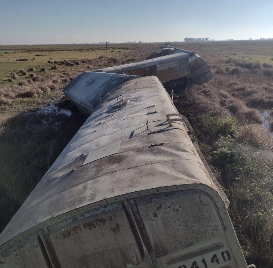 El tren descarriló a la altura de Rauch