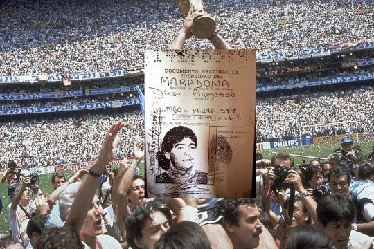Hubo 12.370 argentinos inscriptos con el nombre de Diego Armando en honor a Maradona.