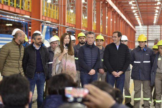 vidal inauguro junto a macri y garro el taller ferroviario de tolosa: ?queremos demostrarnos que se puede?