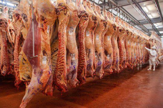Autoridades sanitarias de China denunciaron la presencia de Covid19 en un empaque de carne platense.