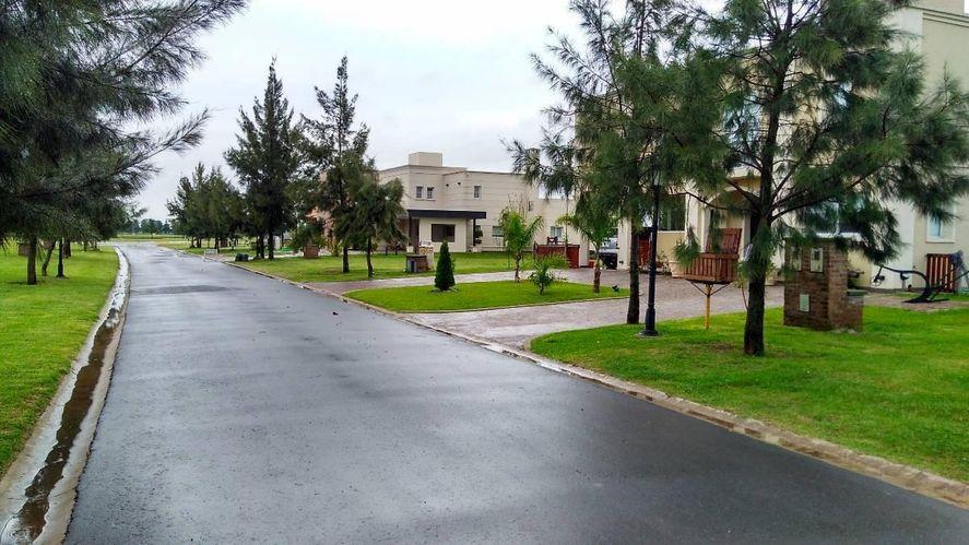 San Vicente: roban en un country y huyen con millonario botín