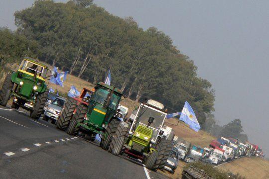 carbap y la sociedad rural convocan a un ?banderazo? en contra de la expropiacion de vicentin