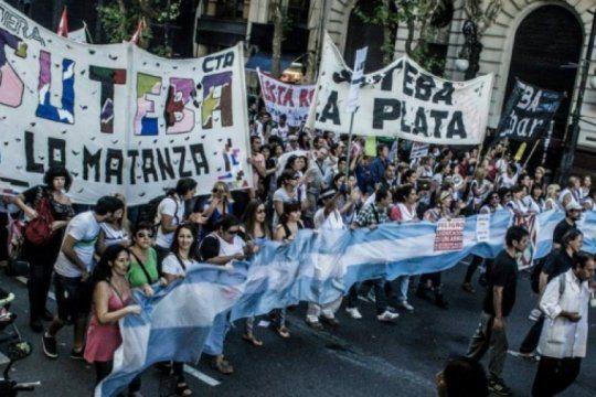 la oposicion en suteba corre por izquierda a baradel y llama a rechazar la propuesta salarial de kicillof