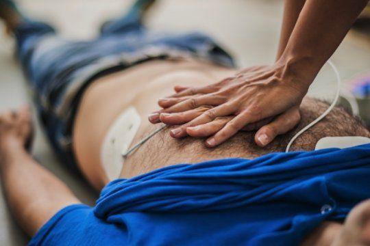 la rcp salva vidas: sumate al taller gratuito de reanimacion cardiopulmonar