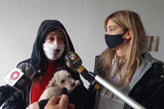 La dueña de la perra caniche rompió el silencio