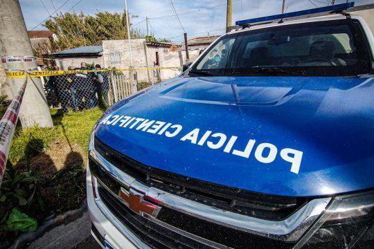 El doble crimen fue descubierto esta mañana en Mar del Plata, en el barrio Lourdes.