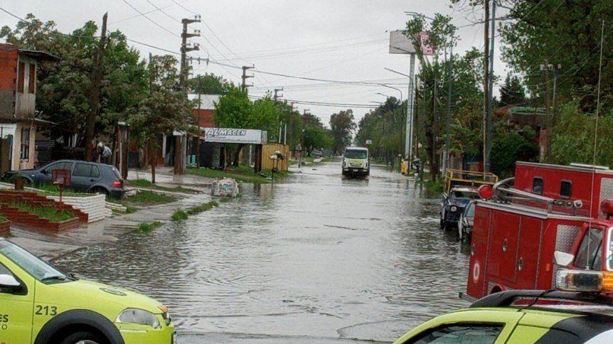 Defensa Civil, Bomberos, Guardavidas y Tránsito de Quilmes llevan adelante un operativo de prevención (Foto: Perspectiva Sur)