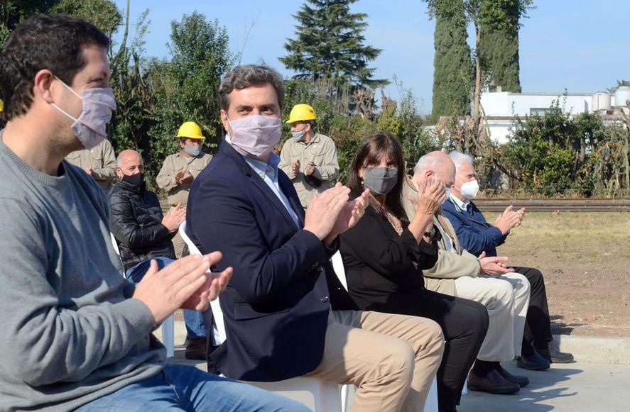 Santiago Révora, junto a Teresa García y Wado de Pedro en una recorrida por Luján. ¿Asumirá el ministerio de Gobierno?