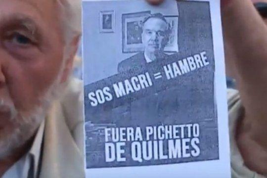 quilmes: el senador pichetto lanzo su campana y un grupo de jubilados lo trato de ?traidor?