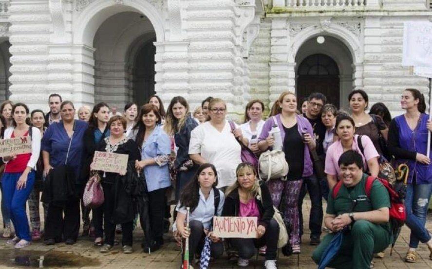 La Plata: profesionales de la salud paran luego de recibir el mismo salario desde hace cuatro años