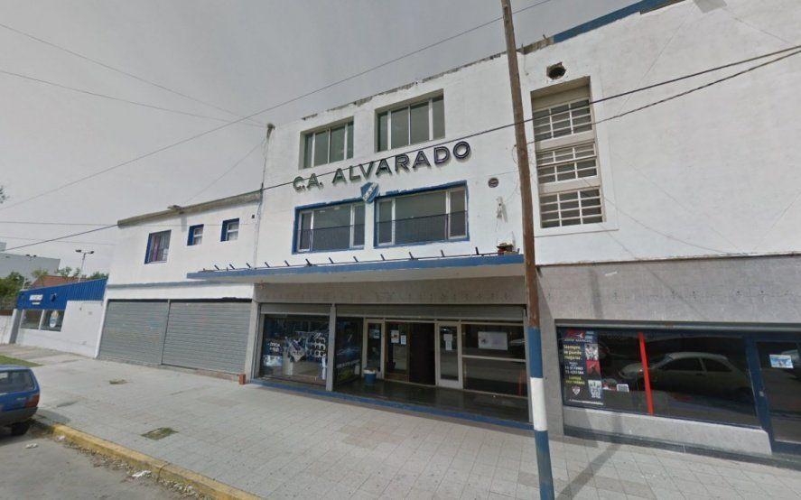 """El presidente de Alvarado destapó la olla: """"Me quisieron vender un árbitro"""""""