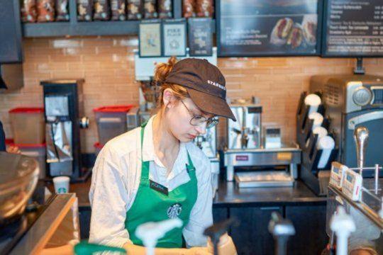 Como sucediera en Argentina en 2012, ahora es en Estados Unidos en donde hay escasez de productos e insumos que le complican la comercialización a la empresa Starbucks