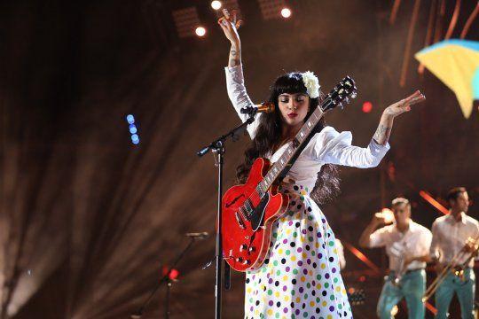 Mon Laferte es una de las voces más interesantes de la fusión entre pop, rock y folclore latino.