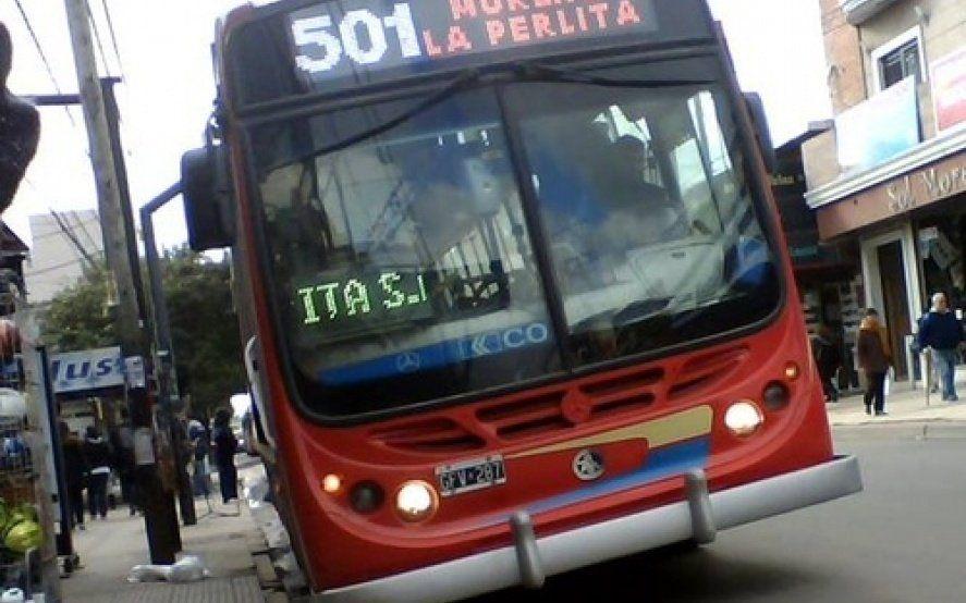 Paro total de varias líneas de micros en Moreno por un asalto a chofer