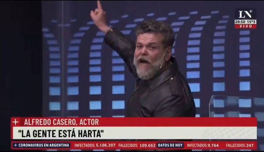 Alfredo Casero y una especie de Cha Cha Cha en lo de Jonatan Viale