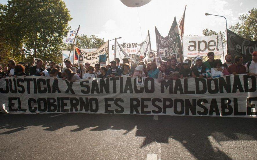 A casi dos años de la desaparición de Santiago Maldonado, familiares exigen la reapertura de la causa