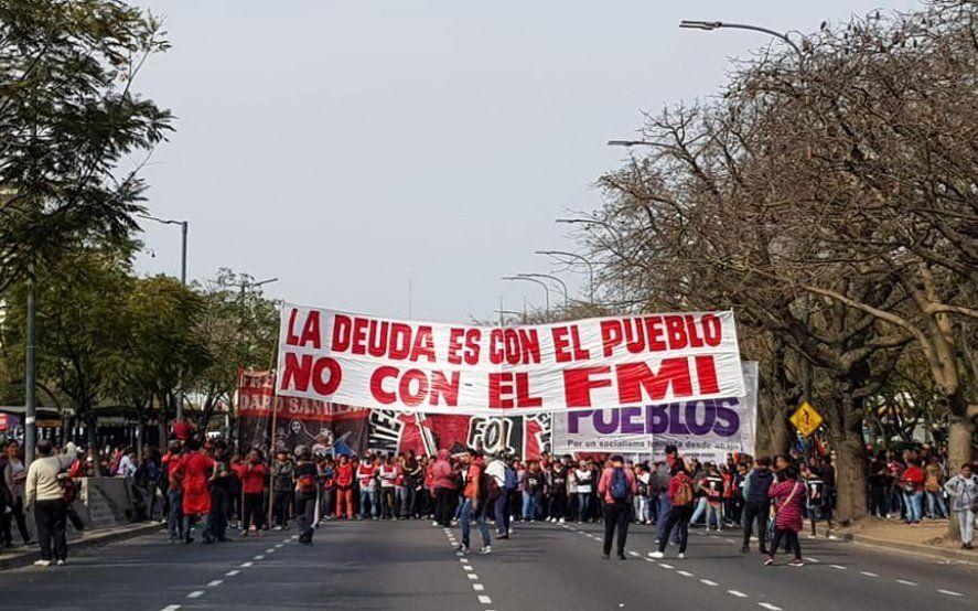 Pobreza y desocupación: movimientos sociales protagonizan protestas en reclamo de aumento salarial
