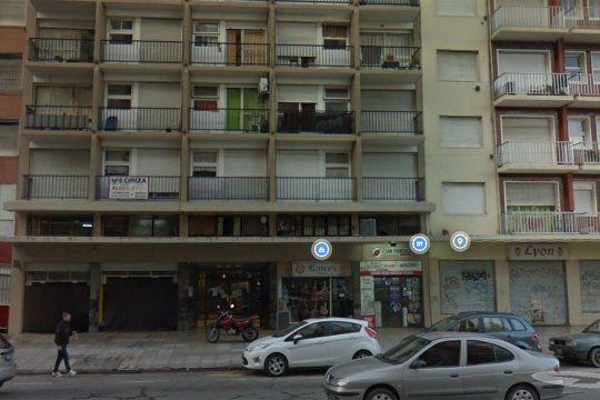 La nena cayó del sexto piso del edificio de Mar del Plata a un patio interno.