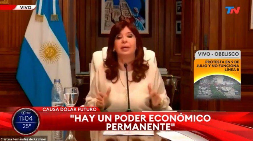 Las señales de noticias emitieron el alegato de la Vicepresidenta Cristina Fernández de Kirchner como si fuera en Cadena Nacional