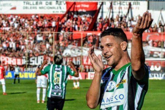 copa argentina: villa mitre hizo historia y la barra de newell´s el papelon