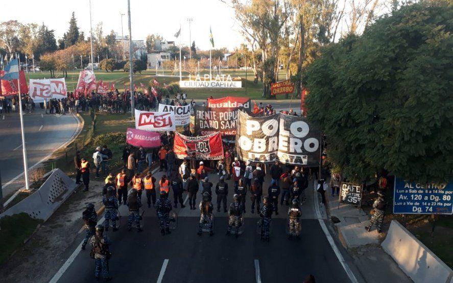 Tras casi cuatro horas de corte, quedó liberado el tránsito en la Autopista Buenos Aires – La Plata