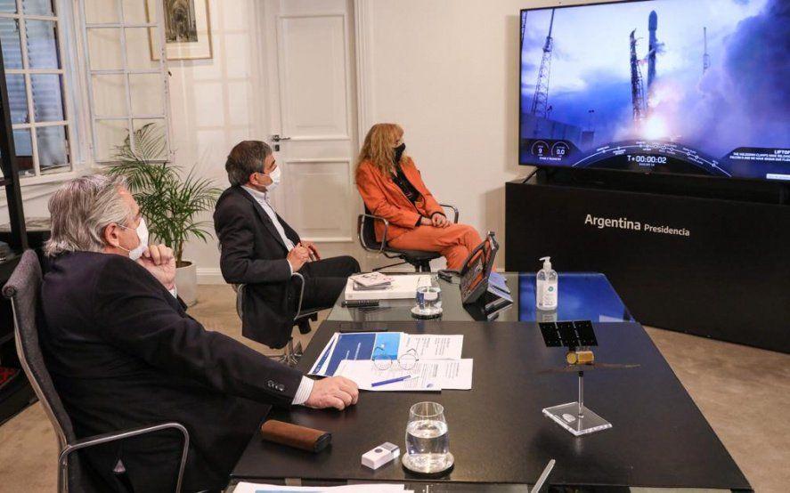 El Presidente celebró el lanzamiento del satélite argentino Saocom 1B